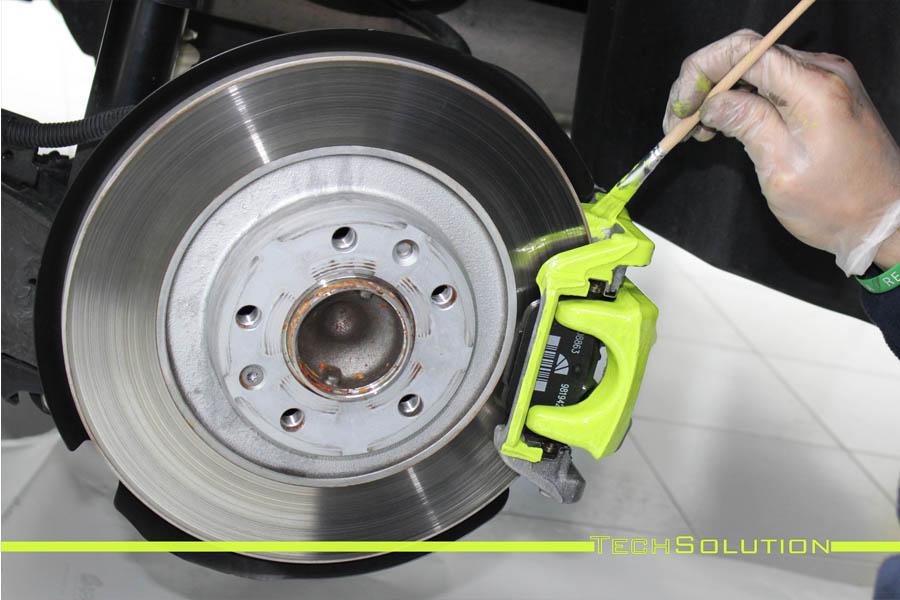 cambio colore verniciatura pinze verde toxic peugeot 3008 tech solution bari 03