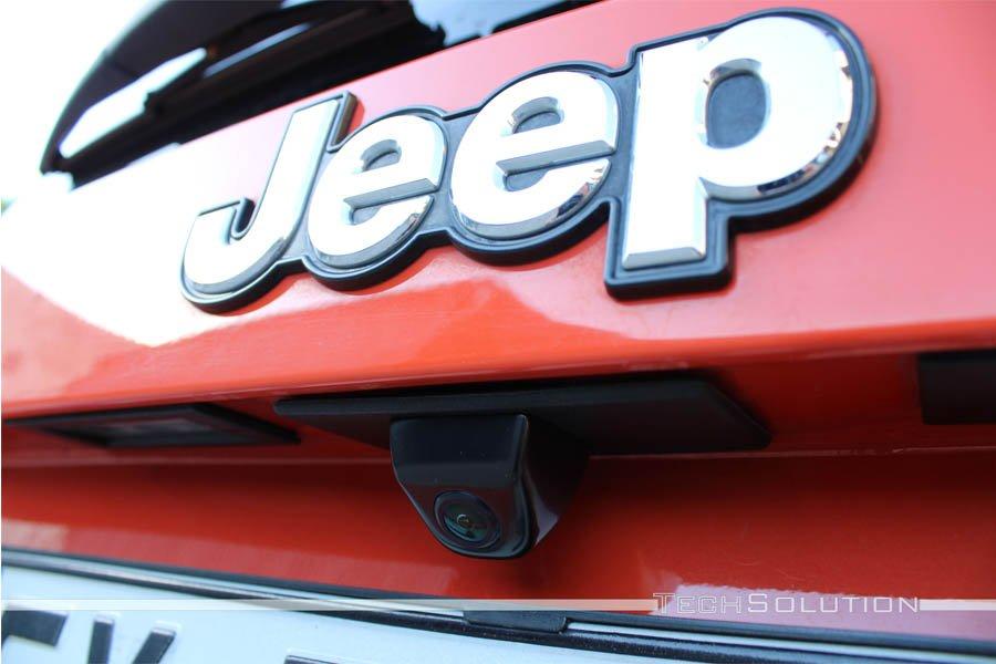 retrocamera parcheggio per jeep renegade installazione tech solution bari
